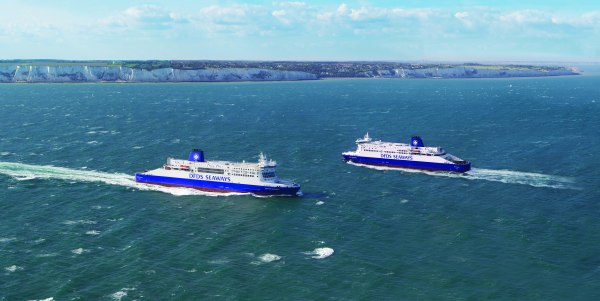 COPYRIGHT PICS FERRIES AT DOVER