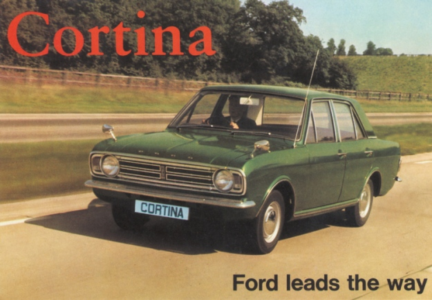 VF723_Ford_Cortina_Mk2_1966