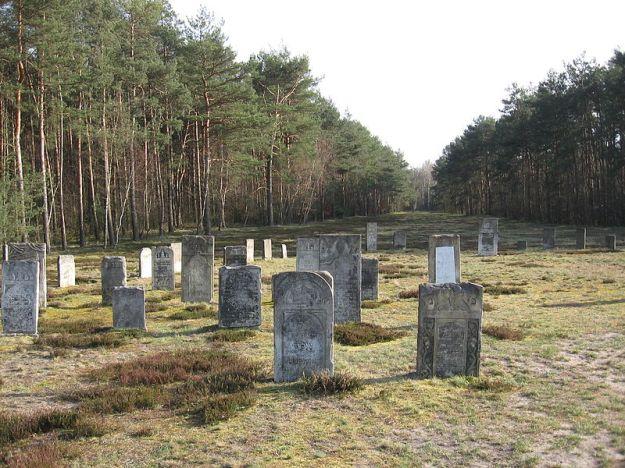 Chelmno_extermination_camp