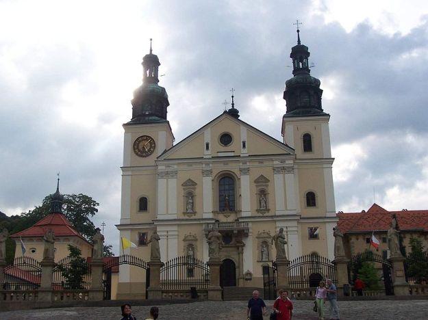 Monastery_in_Kalwaria_Zebrzydowska