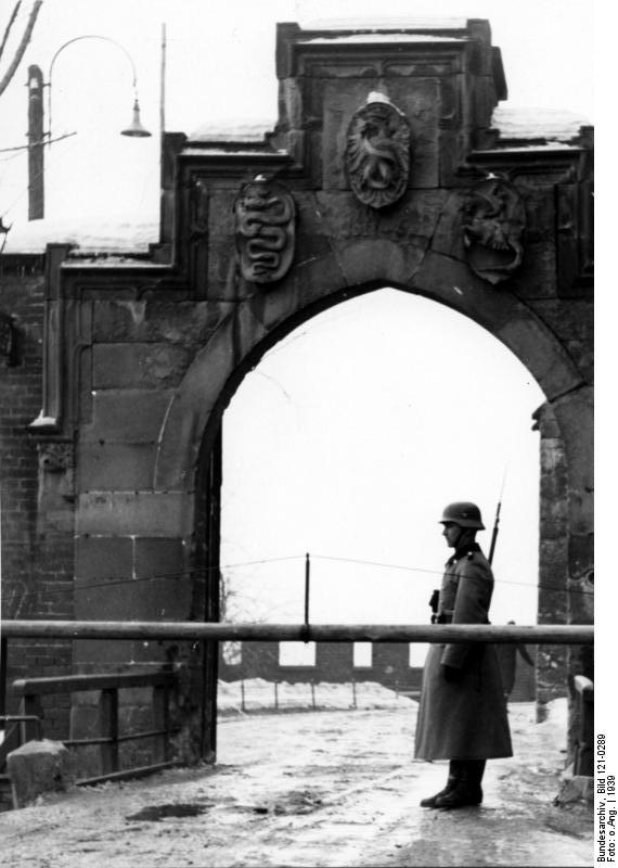 Polizei-Wache Burg Wawel
