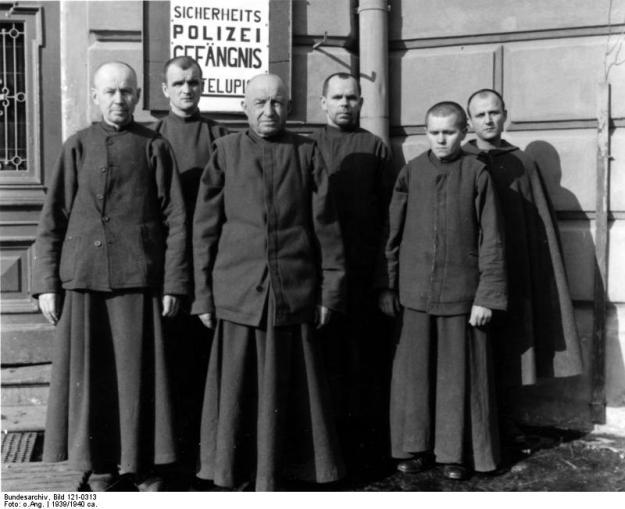 Krakau, Gefängnis Montelupich, Häftling