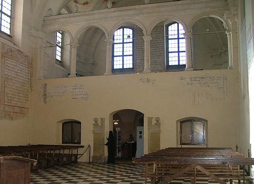 Isaac_Synagogue_02