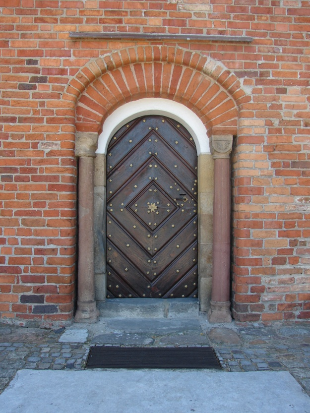 Kościół_św_Jana_Jerozolimskiego_za_murami_w_Poznaniu_RB1