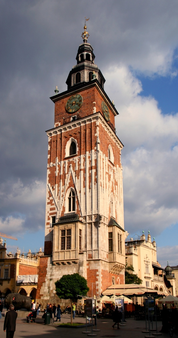 Kraków_-_Town_Hall_Tower_01a