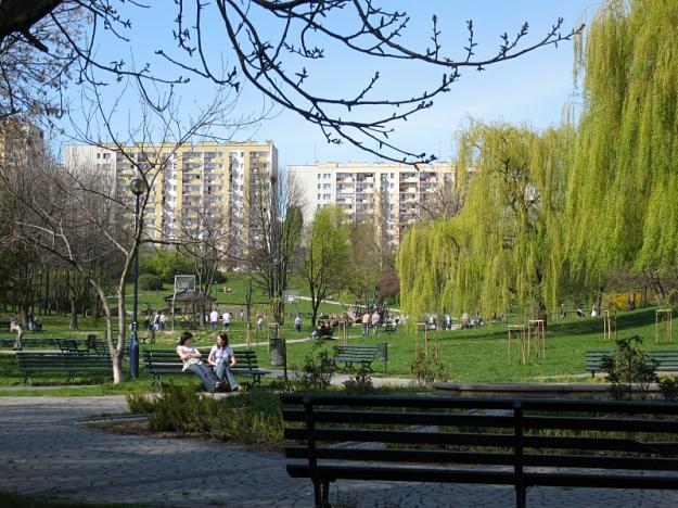 Nowa-huta-osiedle-tysiaclecia-park