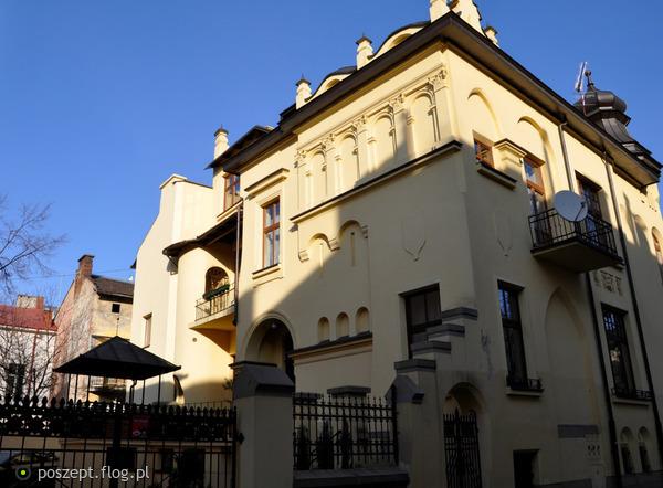 Nowy_Sącz,_pl._św._Kazimierza_2_(dom)
