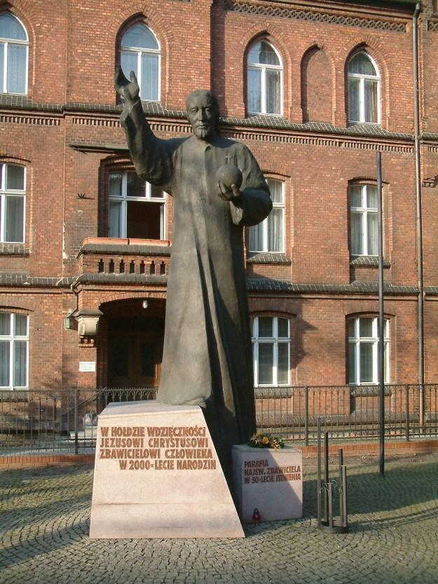 Pomnik_Chrystusa_Króla_Poznań_RB1