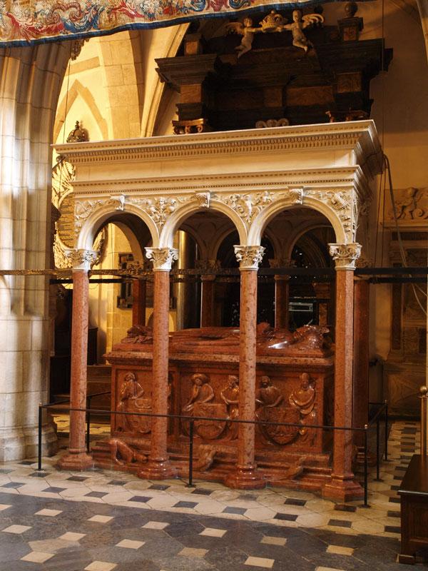 The tomb of St Władysław Jagiello 1