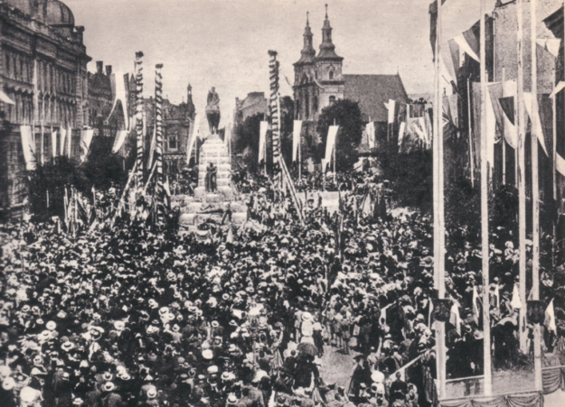 The_Grunwaldzki_Monument_in_Cracow_1
