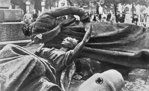 WWII_Krakow_-_02