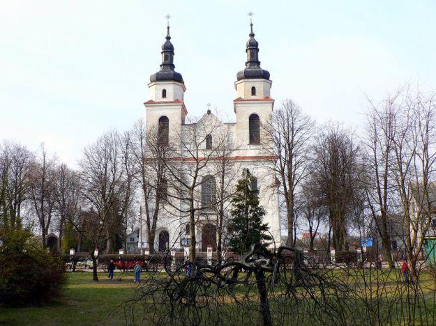 800px-Poland_Jedwabne_church
