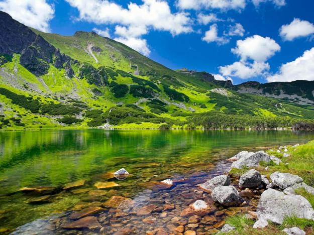Poland, , Tatra Mountains , Green Pond in Gasienicowa Valley