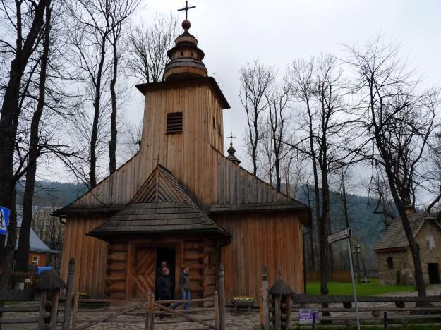 Wood_church_in_Zakopane